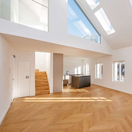 Rent this 4 bed loft on Münzstraße 10 in 10178 Berlin, Germany