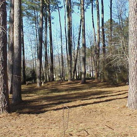 Rent this 0 bed apartment on Country Club Rd in Melfa, VA