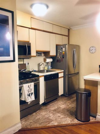 Rent this 1 bed apartment on Boulevard East in North Bergen, NJ 07022:07047