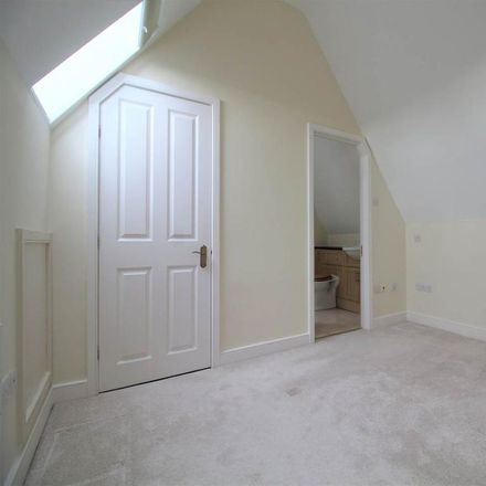 Rent this 2 bed apartment on Abbey Gate in Abbey Mews, Wychavon WR11 4RE