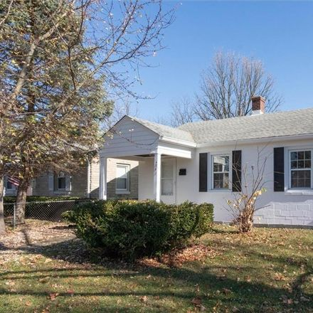 Rent this 2 bed house on 141 North 4th Avenue in Beech Grove, IN 46107