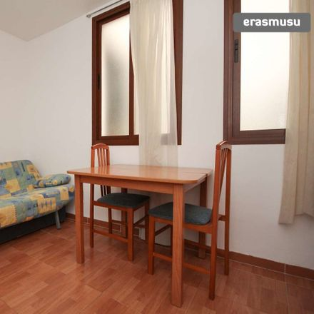 Rent this 2 bed apartment on Calle Moral de la Magdalena in 19, 18002 Granada
