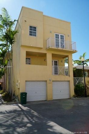 Rent this 3 bed loft on 1035 Southwest 9th Court in Miami, FL 33130