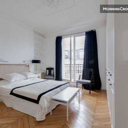 Rent this 3 bed apartment on 48 Avenue Mozart in 75016 Paris, France