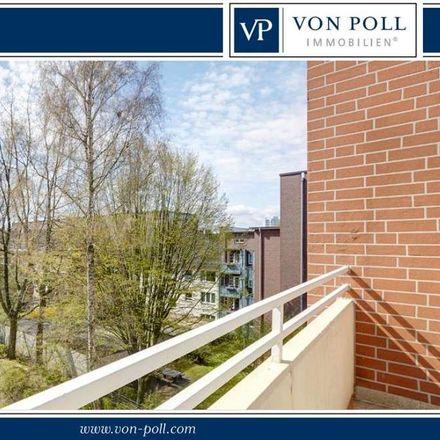 Rent this 3 bed loft on Hamburg-Wandsbek in Seydeckreihe, 22043 Hamburg
