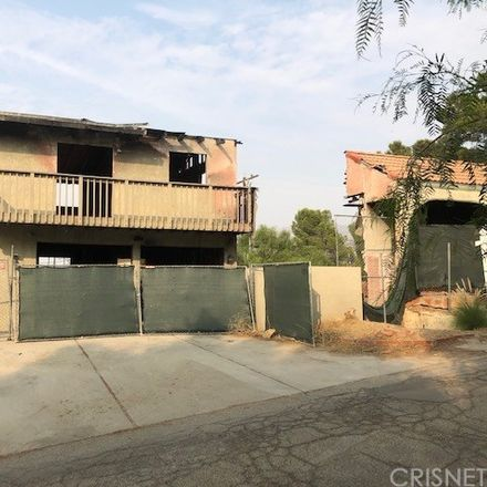Rent this 3 bed house on Mayan Drive in Los Angeles, CA 91311