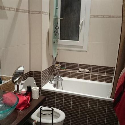 Rent this 1 bed room on 18ter Rue des Fauvelles in 92250 La Garenne-Colombes, France