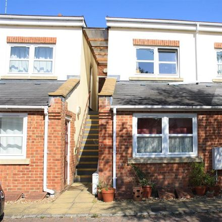 Rent this 1 bed apartment on Hidden Close in Molesey KT8 2BB, United Kingdom