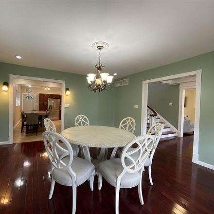 Rent this 7 bed house on 5901 Ventnor Avenue in Margate City, NJ 08406
