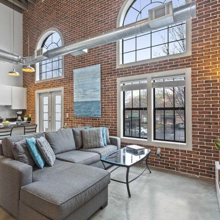 Rent this 2 bed condo on Wylie St SE in Atlanta, GA