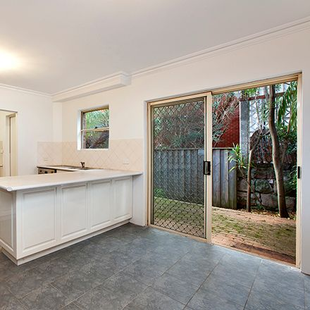 Rent this 3 bed apartment on 3/93 Shirley Road