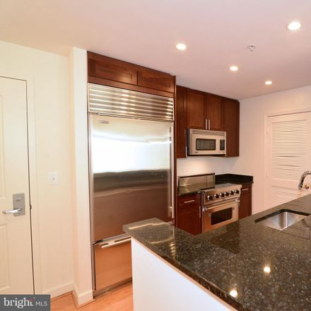 Rent this 1 bed apartment on 4380 King Street in Alexandria, VA 22302