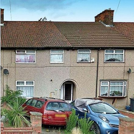 Rent this 3 bed house on 82 Ford Road in London RM10 9JP, United Kingdom