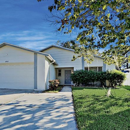 Rent this 3 bed house on 6907 125th Terrace N in Largo, FL 33773