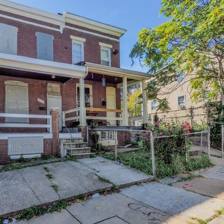 Rent this 3 bed townhouse on 1521 Carswell Street in Baltimore, MD 21218
