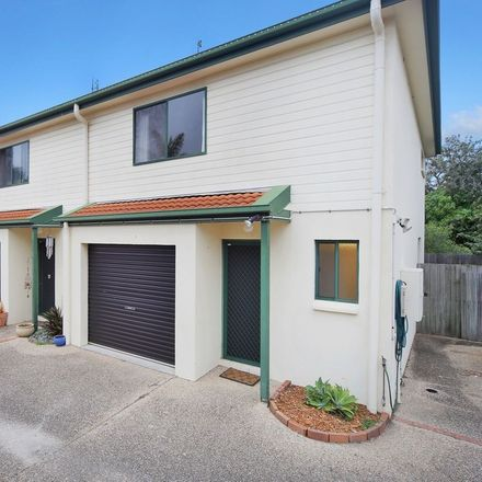 Rent this 3 bed apartment on 4/18 Melville Court