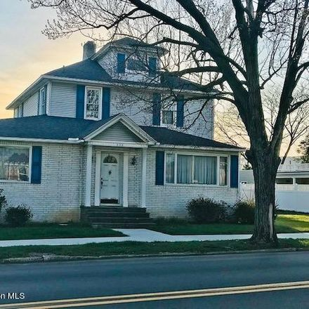 Rent this 5 bed house on 536 Moosic Road in Old Forge, PA 18518