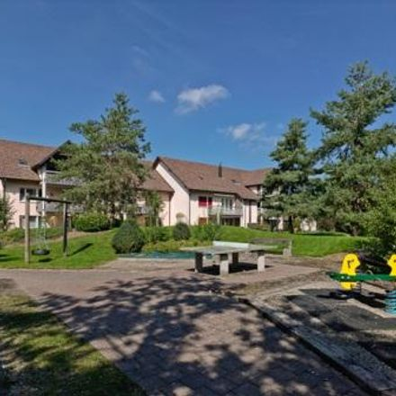 Rent this 3 bed apartment on Sattleracherstrasse in 8413 Neftenbach, Switzerland
