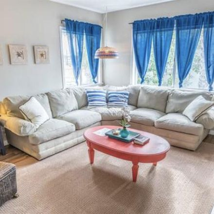 Rent this 1 bed room on 2225 Felspar Street in San Diego, CA 92109