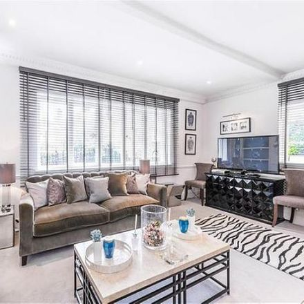 Rent this 3 bed apartment on 71 Frognal in London NW3 6XB, United Kingdom