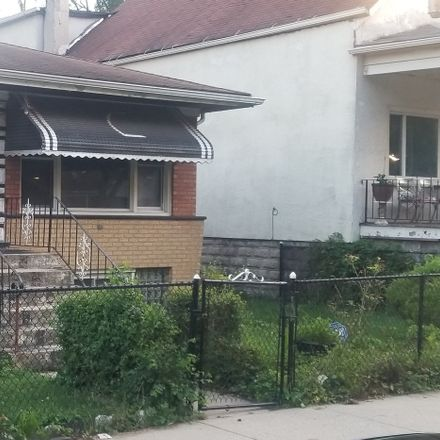 Rent this 3 bed house on West 50th Street in Chicago, IL 60609