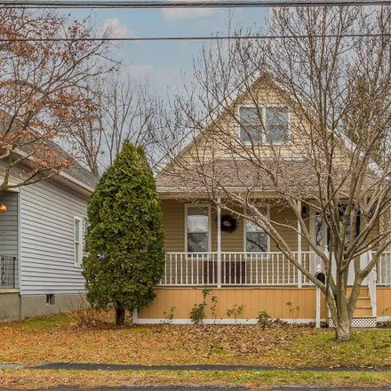 Rent this 4 bed house on 18 Russell Road in Town of Colonie, NY 12205