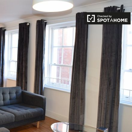 Rent this 3 bed apartment on Borris Court in Merchants Quay A ED, Dublin
