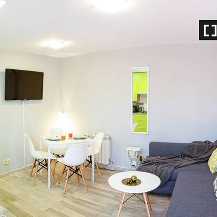 Rent this 1 bed apartment on Eloy Gonzalo in Plaza de Arturo Barea, 28001 Madrid