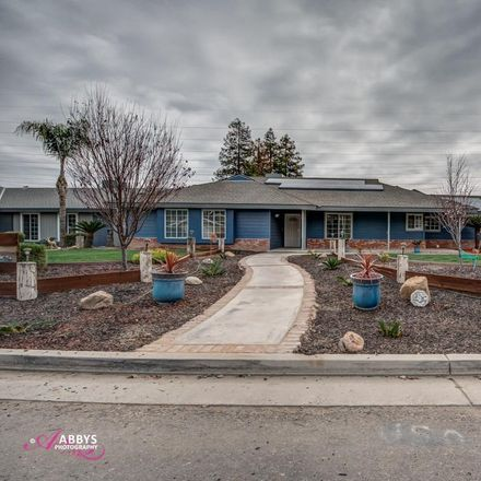 Rent this 3 bed house on 12213 Brockridge Ct in Bakersfield, CA