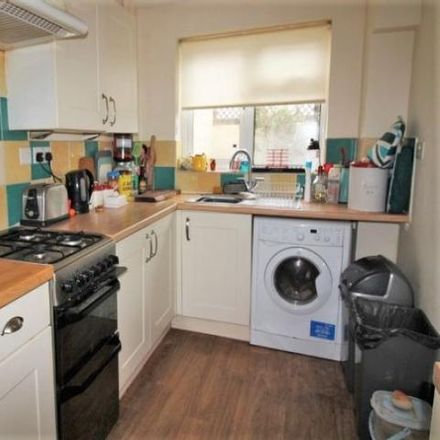 Rent this 2 bed house on St Thomas Primary School in Union Street, Exeter EX2 9BB