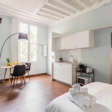 Rent this 1 bed apartment on 3 Rue aux Ours in 75003 Paris, France