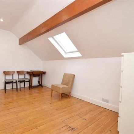 Rent this 4 bed house on Po Fung in 250 Broad Lane, Leeds LS13 2LA