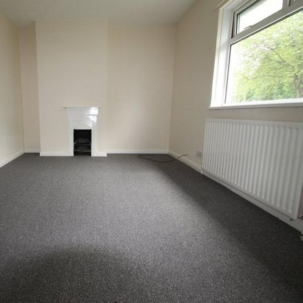 Rent this 3 bed house on Hatfield House Lane in Sheffield S5 6HX, United Kingdom