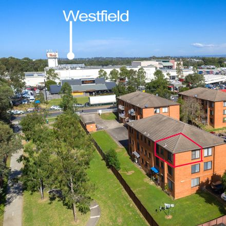 Rent this 2 bed apartment on 19/32 Luxford Road