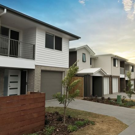 Rent this 3 bed townhouse on 29/14-16 KEIDGES RD