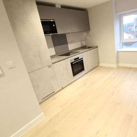 Rent this 1 bed apartment on Pit Stop in Liverpool Road, Luton LU1 1RS