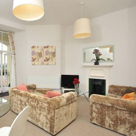 Rent this 3 bed apartment on Warren Road in Torquay TQ2 5TE, United Kingdom