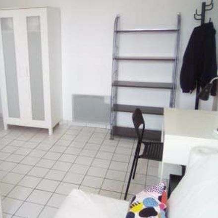 Rent this 1 bed apartment on 18 Rue Guillaume Puy in 84000 Avignon, France