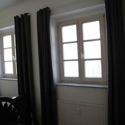 Rent this 3 bed apartment on Bilker Straße 5 in 40213 Dusseldorf, Germany