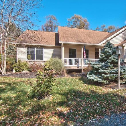 Rent this 3 bed house on Lehigh Township in 107 Lehigh River Court, Wayne County