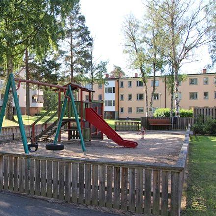 Rent this 3 bed apartment on Lasarettsgatan in 574 32 Vetlanda, Sweden