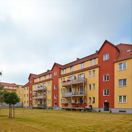 Rent this 2 bed apartment on Hohenwindenstraße 4 in 99086 Erfurt, Germany