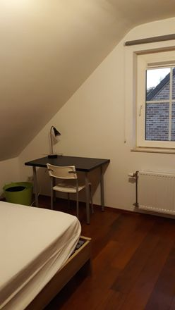 Rent this 4 bed room on Chaussée de Bruxelles in Charleroi, Belgium