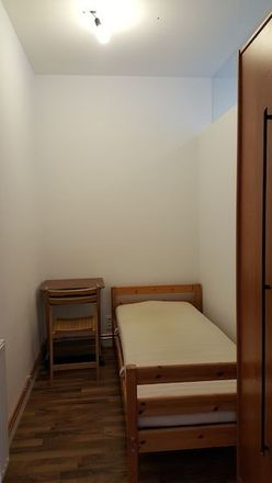 Rent this 3 bed room on Hegergasse 19 in 1030 Vienna, Austria