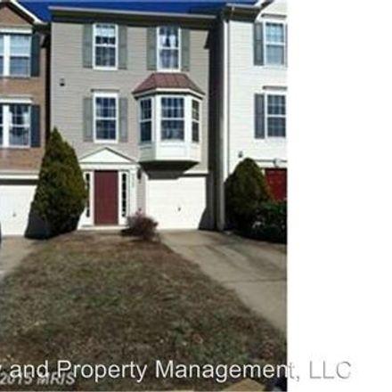 Rent this 3 bed apartment on 3901 - 3915 Fountain Bridge Court in Artillery Ridge, VA 22408