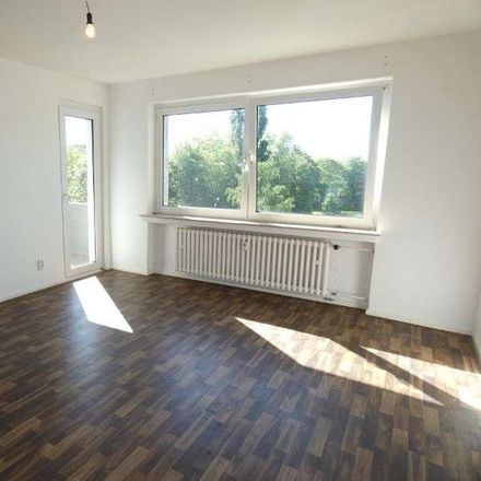 Rent this 3 bed apartment on Duisburg in Vierlinden, NW