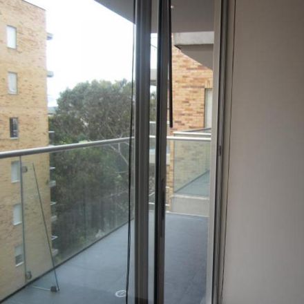 Rent this 2 bed apartment on Torre 5 in Calle 127A, Localidad Suba
