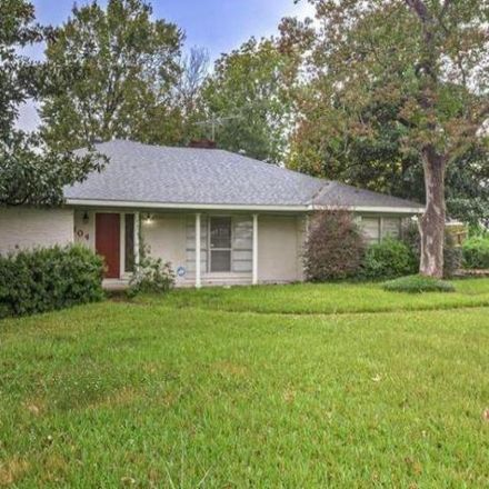 Rent this 3 bed house on 102 North Holly Drive in Baytown, TX 77520