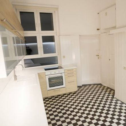 Rent this 6 bed apartment on Ruhlaer Straße 14 in 14199 Berlin, Germany