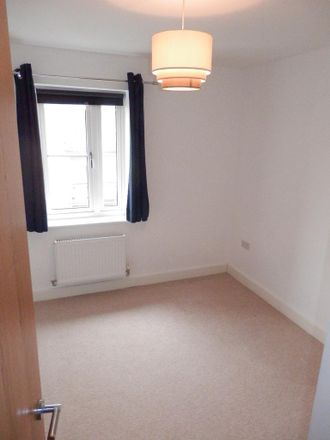 Rent this 2 bed apartment on Vauxhall Way in Chalk Hill LU6 1BF, United Kingdom